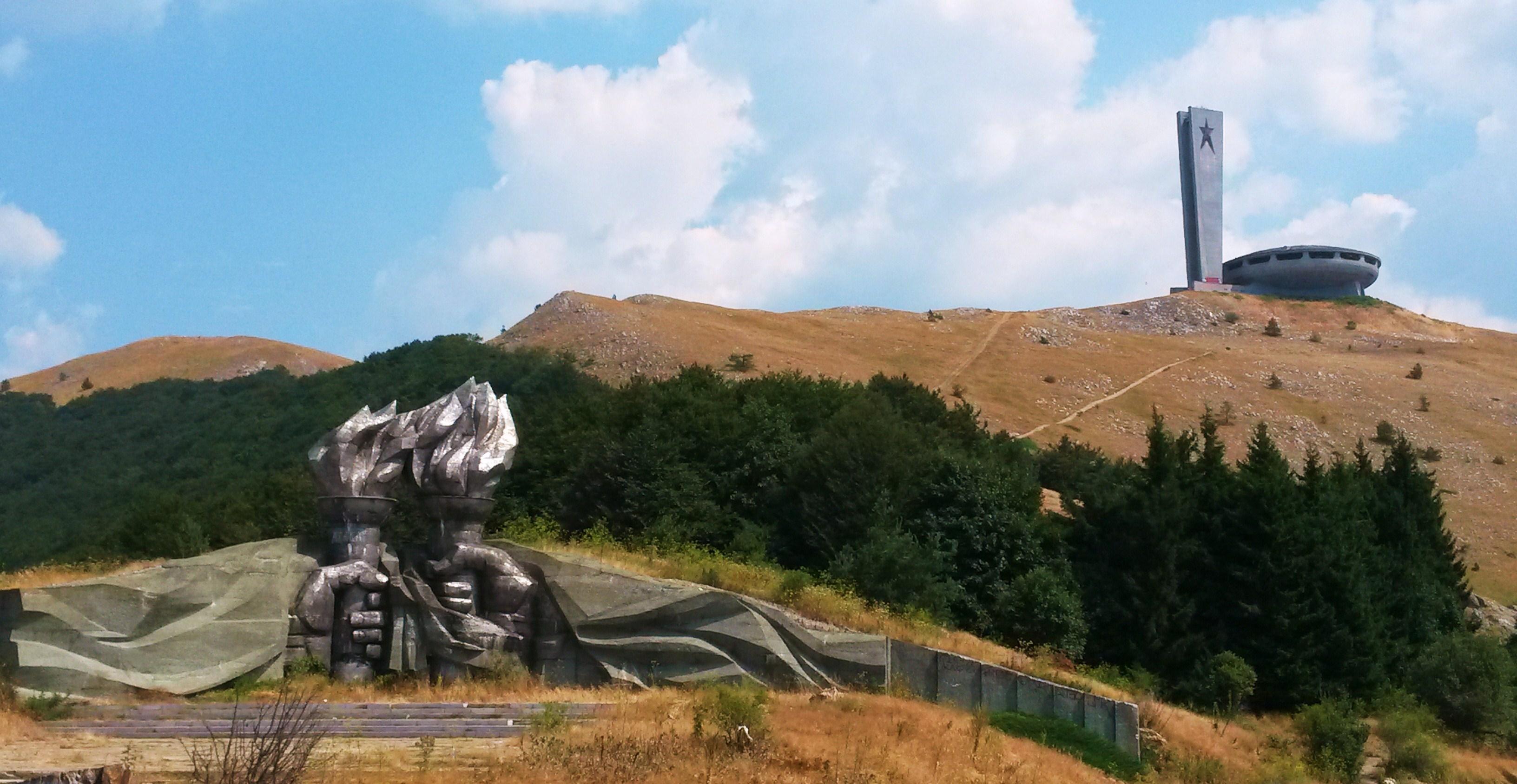 Monumento di Buzludzha-Bulgaria-MyTraveLife