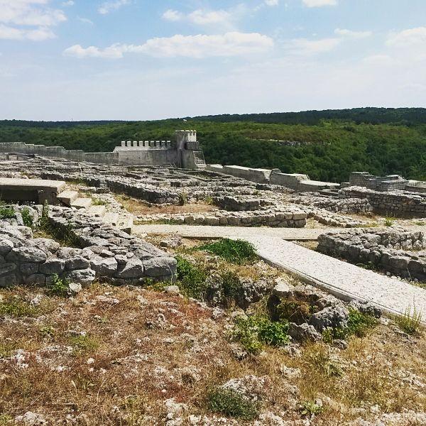 fortezza shumen bulgaria mytravelife