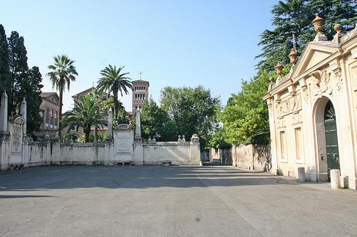 piazza cavalieri di malta aventino