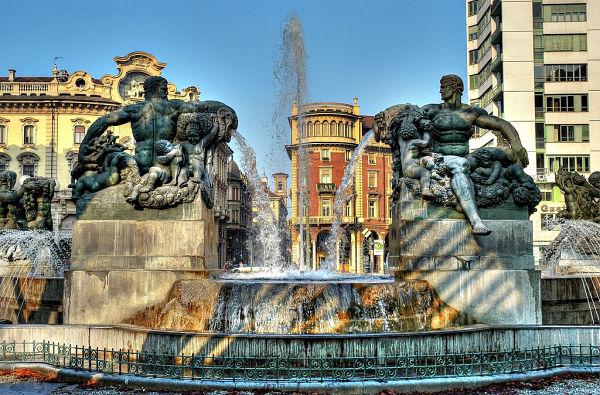fontana Angelica di Piazza Solferino torino_opt